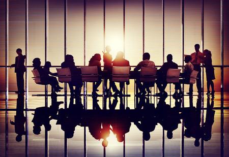 бизнесмены: Встреча Семинар Конференция делового сотрудничества Команда Концепция