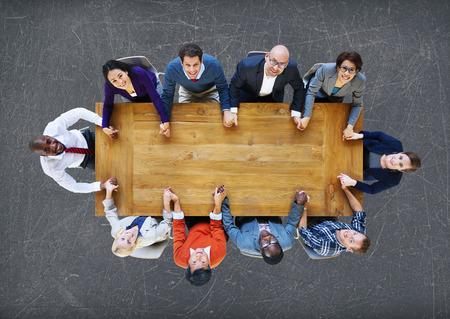 tomados de la mano: Gente de negocios del equipo Conexi�n Uni�n Concept Foto de archivo