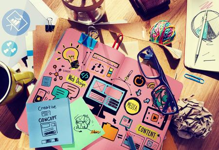 bureau design: Web Design m�dias Contenu Ampoule Inspiration Concept