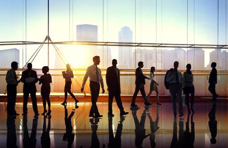 negociacion: Hombres de negocios de colaboración en equipo Trabajo en equipo Peofessional Concept Foto de archivo