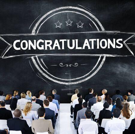 felicitaciones: Felicidades Acheivement Admiración Celebración Concepto