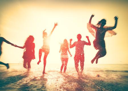 juventud: Amistad Freedom Beach Summer Holiday Concepto Foto de archivo
