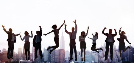 비즈니스 사람들이 성공 흥분 승리 성취 개념