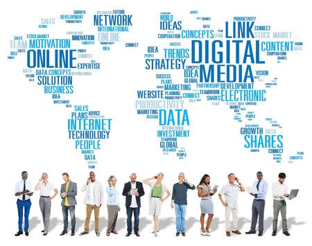 llamando: Digital Media Conexión red de contenido concepto de tecnología