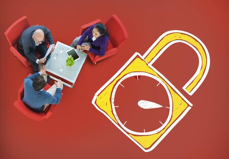 punctual: Tiempo de desbloqueo Reloj despertador puntual Cronómetro Concepto