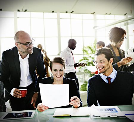 diversidad: Diversidad Business People Discusión Reunión de la Junta de habitaciones Concept