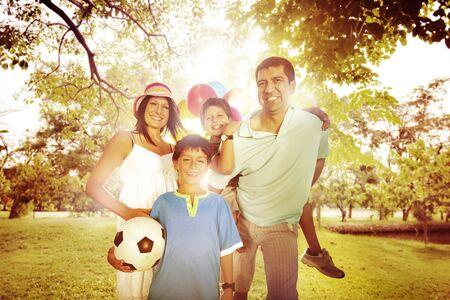 happy people: Family Happiness Parents Holiday Vacation Activity Concept