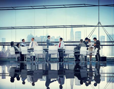capacitacion: Asociación Reunión Gente de negocios corporativa Equipo Concepto Foto de archivo