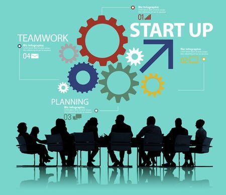 trabajando en equipo: Inicio de Nuevos Negocios Plan de Estrategia Trabajo en equipo Concepto