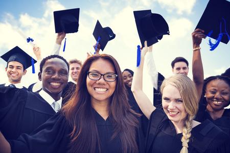 graduado: Celebración Educación Graduación Éxito Estudiantil Aprendizaje Concepto Foto de archivo