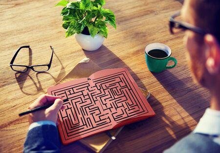 estrategia: Laberinto Estrategia Soluci�n �xito Determinaci�n Direcci�n Concepto