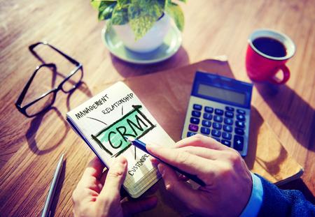 비즈니스 고객 CRM 관리 분석 서비스 개념