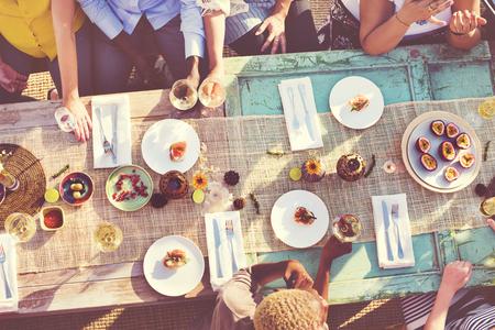 alimentacion sana: Alimentaci�n Saludable Tabla deliciosa comida org�nica Concepto