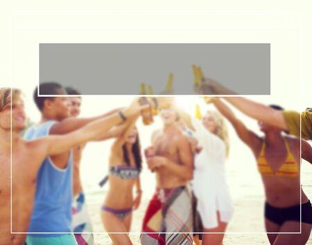 tomando alcohol: Copia Space Frame vacaciones de verano concepto de vacaciones