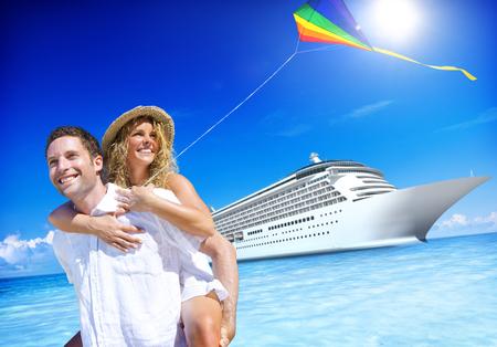 luna de miel: Pareja Beach Bonding Romance concepto de vacaciones