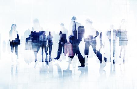 通勤ビジネス人々 街並み出張コンセプト 写真素材