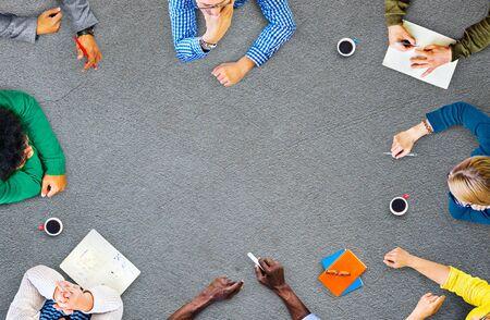 trabajo en equipo: Trabajo en equipo Diversidad Discusión Reunión de planificación concepto