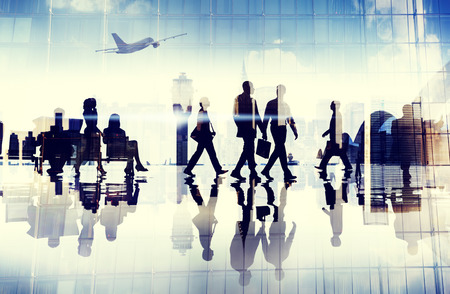 ビジネス: 空港旅行ビジネス人々 ターミナル企業飛行概念