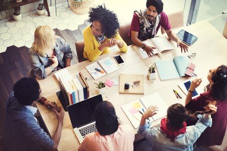 planung: Designer Teamwork Brainstorming Planning Meeting-Konzept Lizenzfreie Bilder
