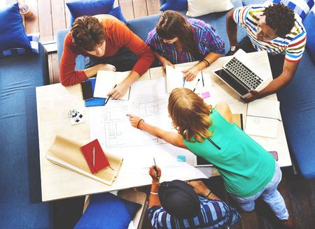 trabajo en equipo: Arquitecto Diverse Concepto Grupo de Trabajo
