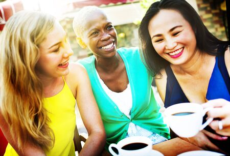 Meisjes Koffiepauze Talking Chilling Concept