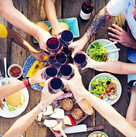 음식 테이블 축하 맛있는 파티 식사 개념