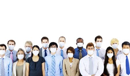 gripe: La gente de negocios usando Concepto M�scara M�dica Foto de archivo