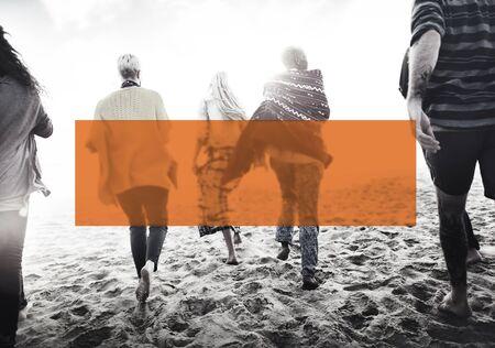 amicizia: Estate Insieme concetto di amicizia vacanze Legame