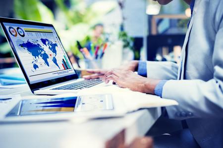 Het bedrijfsleven vrouw handen Study Report Concept
