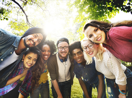 Concept Diversité Amis Amitié équipe communautaire