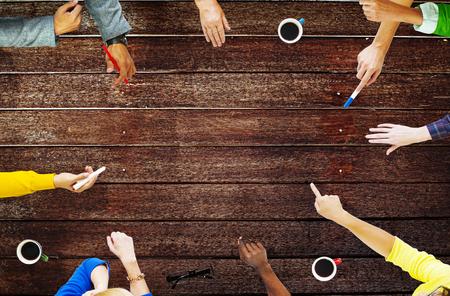 통신: 말하는 토론 브레인 스토밍 통신 개념 회의 스톡 콘텐츠