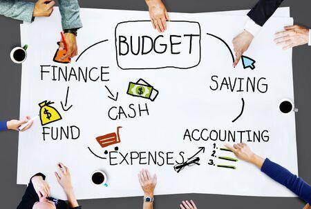 accounting: Presupuesto del Fondo Efectivo Finanzas concepto ahorro de Contabilidad Foto de archivo