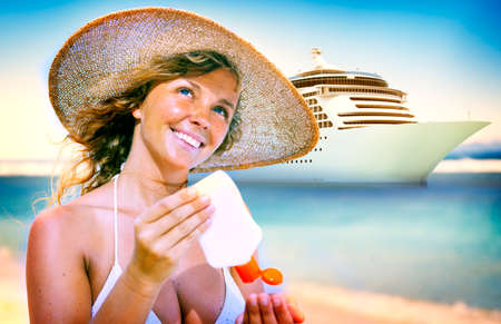 cruise travel: Smiling woman beach Relaxing Travel Concept