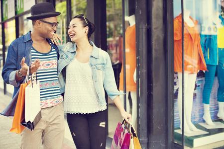 compras: Vacaciones de compras bolsa de viaje de turismo de relajación Concepto de compra