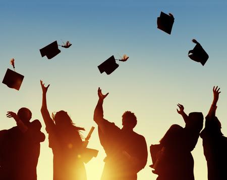 estudiantes universitarios: Celebraci�n Educaci�n Graduaci�n �xito Estudiantil Aprendizaje Concepto Foto de archivo