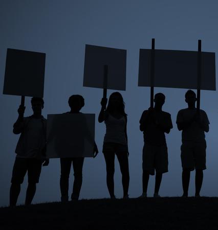 social conflicts: Protesta Concepto Unidad Grupo Multitud Personas Comunicaci�n Foto de archivo