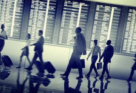 ビジネス人空港ターミナル旅行出発の概念