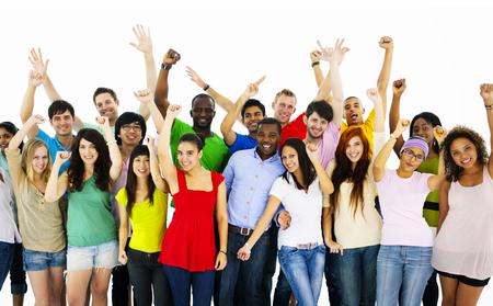 juventud: Gran grupo de personas Celebrando Concepto comunidad