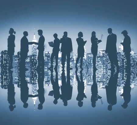 empleado de oficina: Gente de negocios de Nueva York Noche Silueta Concepto
