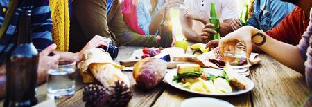 diversidad: Diverse Yard verano Amigos Diversión Vinculación Concepto