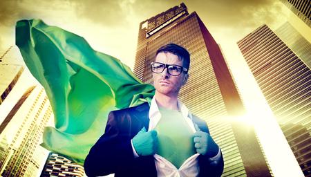 スーパー ヒーローの実業家強度都市景観指導者概念 写真素材
