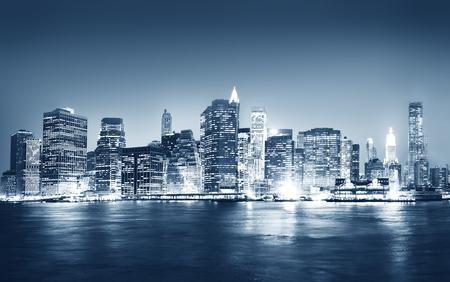 city: Rascacielos panorámica Noche Ciudad de Nueva York Concepto