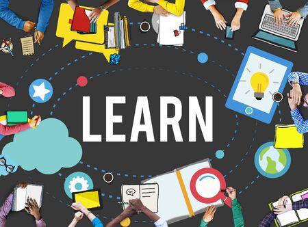 conocimiento: Aprenda Educación Estudio Actividad Conocimiento Concepto Foto de archivo
