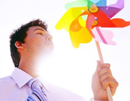 바람 불고 사업가 여름 에너지 에너지 개념 스톡 콘텐츠