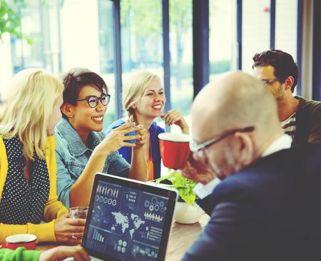 profesionistas: Alegre grupo de diversos negocios Concepto Foto de archivo