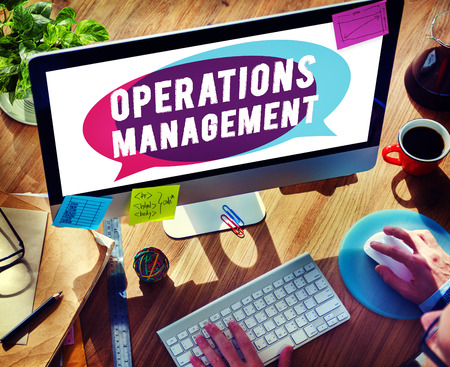 autoridad: Operations Management Authority Director Leader Concept