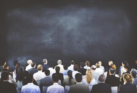 diversidad: Concepto de audiencia diversa gente de negocios Conferencia Foto de archivo