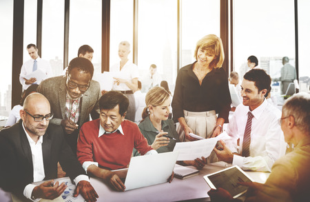 empleados trabajando: Gente de negocios trabajo Conferencia Cooperaci�n Trabajo en equipo Foto de archivo