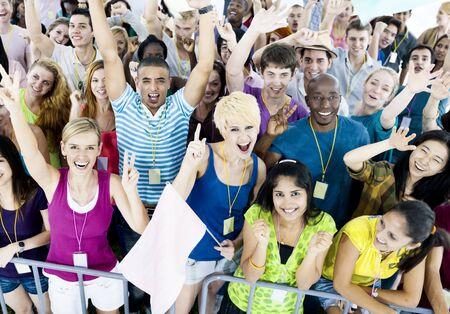 juventud: Celebración Grupo Alegre comunitario Juventud Alegría Concepto