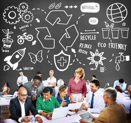 obra social: Reciclar Reducir Reutilizar Eco Friendly Ahorro Natural Go Concepto Verde